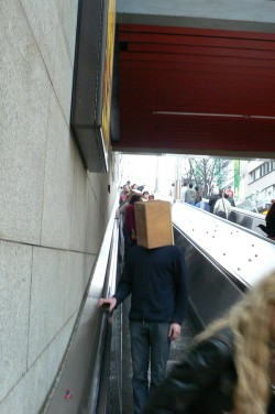 how to built a box around one's head